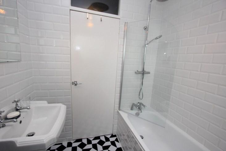 Property to rent in Pollokshields, G41, Albert Drive ...