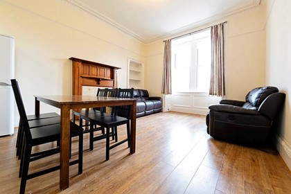 Cool Flats To Rent In Edinburgh With Citylets The Property Experts Download Free Architecture Designs Ferenbritishbridgeorg