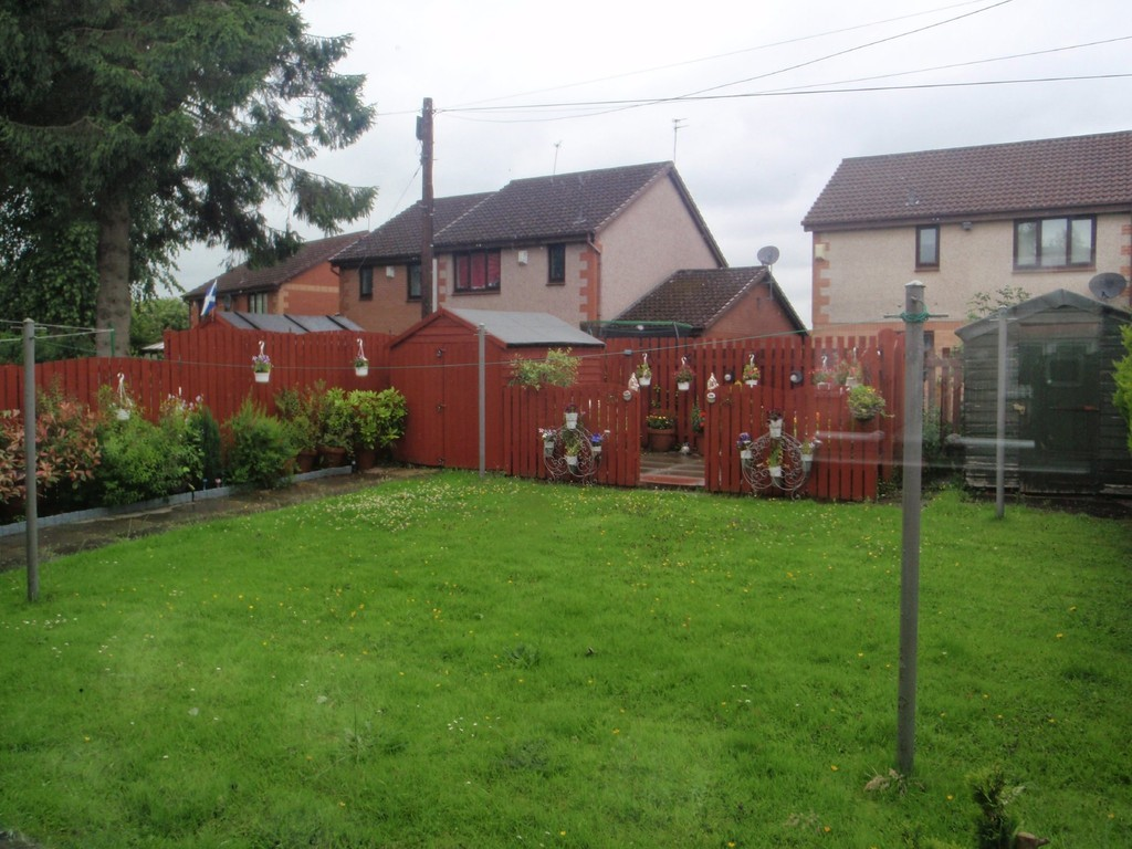 Property to rent in paisley pa2 limecraigs road for Chantry flats cabins rental