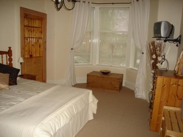 Property to rent in kilmarnock ka1 loanhead street for Living room kilmarnock