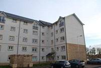 flat to rent old harbour square stirling