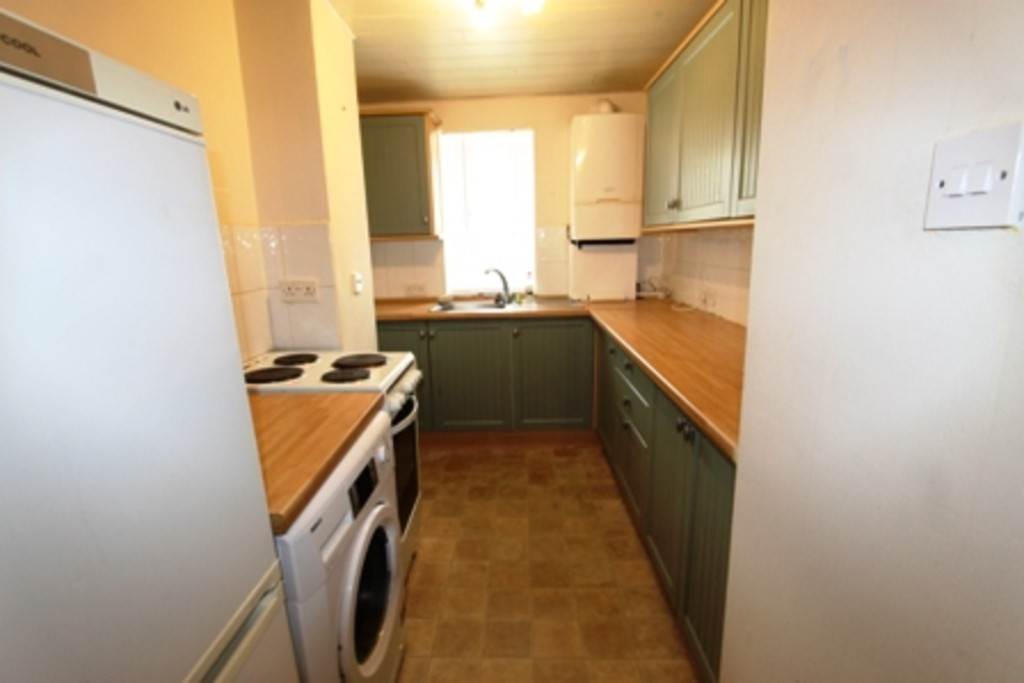 Property to rent in greenock pa16 south street for Chantry flats cabins rental