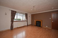 flat to rent whins road stirling