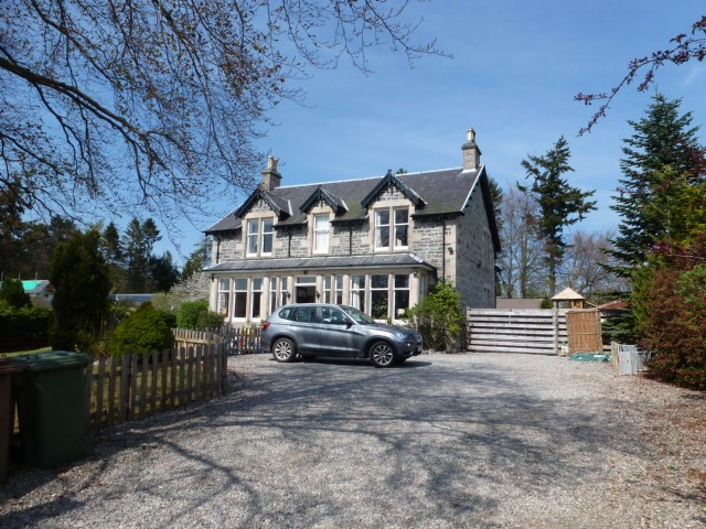 Bed House To Let Inverness